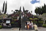 ブサキ寺院観光