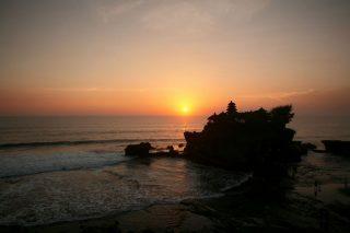 [オプショナルツアー]海の寺院タナロット&タマンアユン観光