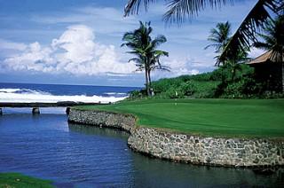 12番は海沿いの美しいホール/ニルワナゴルフ&カントリークラブ