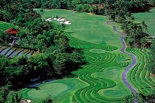 ゴルフコースからもライスフィールドが望めます/ニルワナゴルフ&カントリークラブ