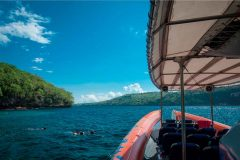 [オプショナルツアー]オーシャンラフティング3島めぐり・スノーケリングツアー
