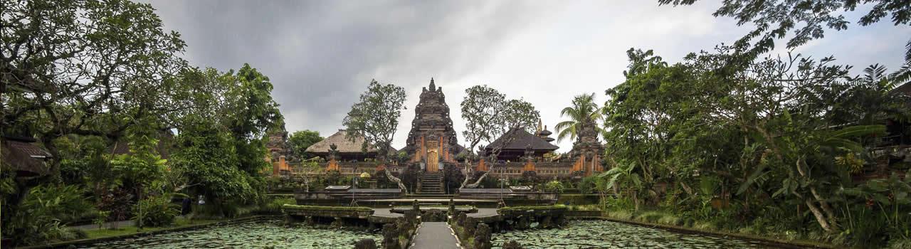 雨季のバリ島観光は何月に行くべき?雨季ならではの観光情報&服装ガイド