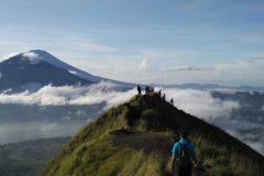 [オプショナルツアー]バトゥール山サンライズトレッキング