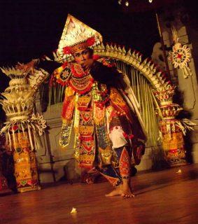 クマンギ レゴンダンス(イメージ)