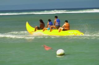 ベノアビーチで楽しめるバナナボート(イメージ1例)