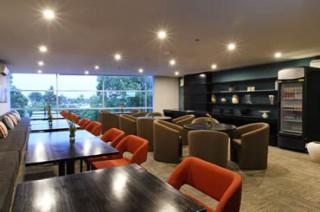 スイート宿泊者が利用できるラウンジ/ウォーターマークホテル&スパ バリ ジンバラン