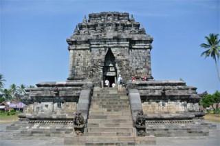 ムンドゥッ寺院