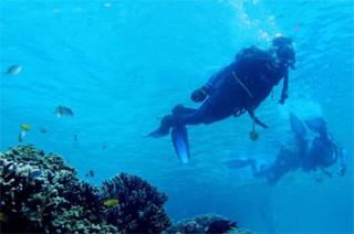 ムンジャンガン島でダイビング