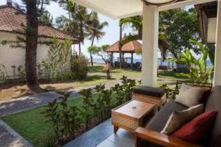 テンガナン スイート:ビルディング棟に位置するモダンバリスタイルの客室/ラマ チャンディダサ リゾート&スパ