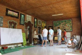 バリ島の画家たちが集まるギャラリー
